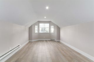 """Photo 18: 633 FIR Street in North Vancouver: Hamilton House for sale in """"Hamilton"""" : MLS®# R2216128"""