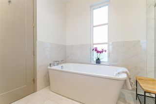 Photo 14: 429 GLENHOLME Street in Coquitlam: Central Coquitlam House for sale : MLS®# R2565067