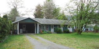 """Photo 1: 1006 ARBUTUS Drive in Squamish: Valleycliffe House for sale in """"VALLEYCLIFF"""" : MLS®# R2058204"""