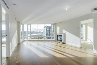 Photo 10: 1103 8 SMITHE MEWS in Vancouver: Yaletown Condo for sale (Vancouver West)  : MLS®# R2341807