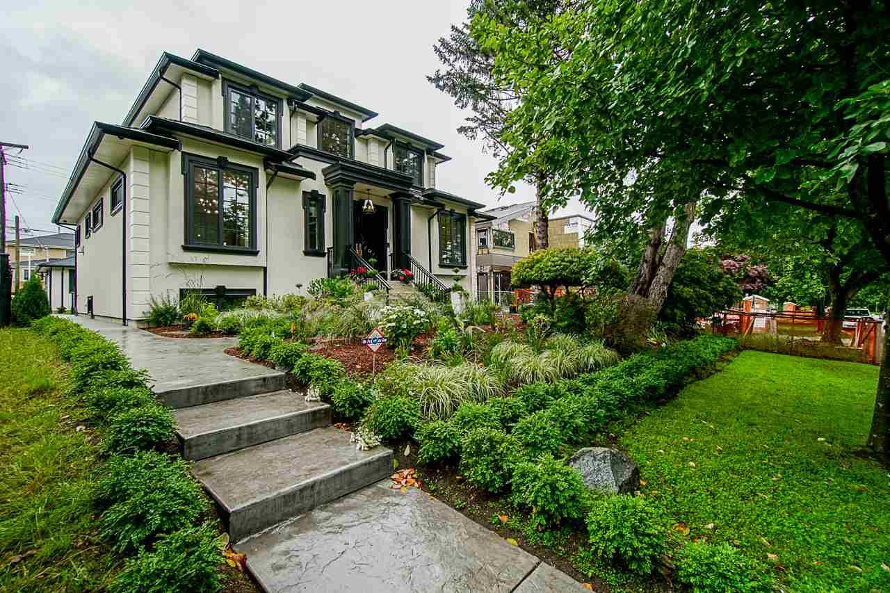 Main Photo: 759 W 50TH AVENUE in Vancouver: South Cambie House for sale (Vancouver West)  : MLS®# R2525473