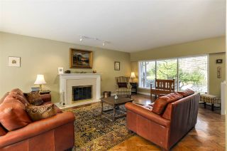 """Photo 6: 4852 QUEENSLAND Road in Vancouver: University VW House for sale in """"Little Australia"""" (Vancouver West)  : MLS®# R2256757"""