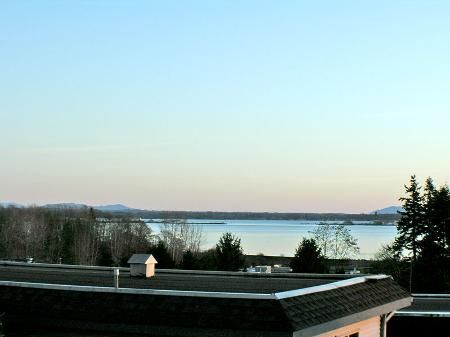 Photo 31: Photos: Ocean View in White Rock - see additional information for marketing brocure.