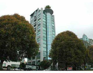 """Main Photo: 700 1919 BEACH Avenue in Vancouver: West End VW Condo for sale in """"EUGENIA PLACE"""" (Vancouver West)  : MLS®# V651361"""