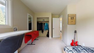 """Photo 29: 40043 PLATEAU Drive in Squamish: Plateau House for sale in """"Plateau"""" : MLS®# R2463239"""