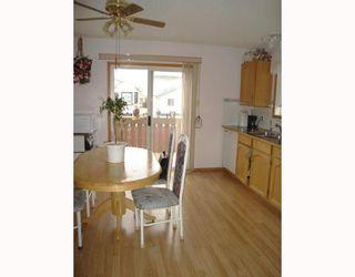 Photo 6: 59 APPLESTONE Park SE in CALGARY: Applewood Residential Detached Single Family for sale (Calgary)  : MLS®# C3326766