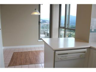 """Photo 5: 2303 3070 GUILDFORD Way in Coquitlam: North Coquitlam Condo for sale in """"LAKESIDE TERRACE"""" : MLS®# V1022601"""