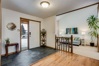 Photo 2: 6011 58 Street: Olds Detached for sale : MLS®# A1111548