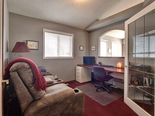 Photo 10: 15 Erin Link SE in Calgary: Erin Woods Detached for sale : MLS®# A1036964
