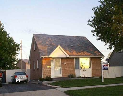 FEATURED LISTING: 578 WHYTEWOLD Road Winnipeg