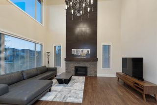 Photo 3: 32 West Grove Bay SW in Calgary: West Springs Detached for sale : MLS®# A1147560