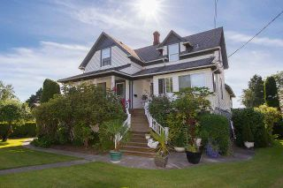 Photo 1: 9711 FINN Road in Richmond: Gilmore House for sale : MLS®# R2422125