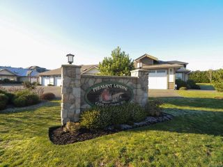 Photo 11: 10 1285 GUTHRIE ROAD in COMOX: CV Comox (Town of) Row/Townhouse for sale (Comox Valley)  : MLS®# 717514