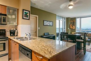 """Photo 5: 506 4078 KNIGHT Street in Vancouver: Knight Condo for sale in """"KING EDWARD VILLAGE"""" (Vancouver East)  : MLS®# R2074294"""