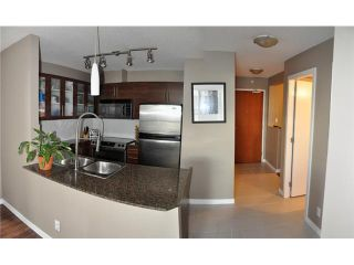 """Photo 3: 1107 833 AGNES Street in New Westminster: Downtown NW Condo for sale in """"THE NEWS"""" : MLS®# V855240"""
