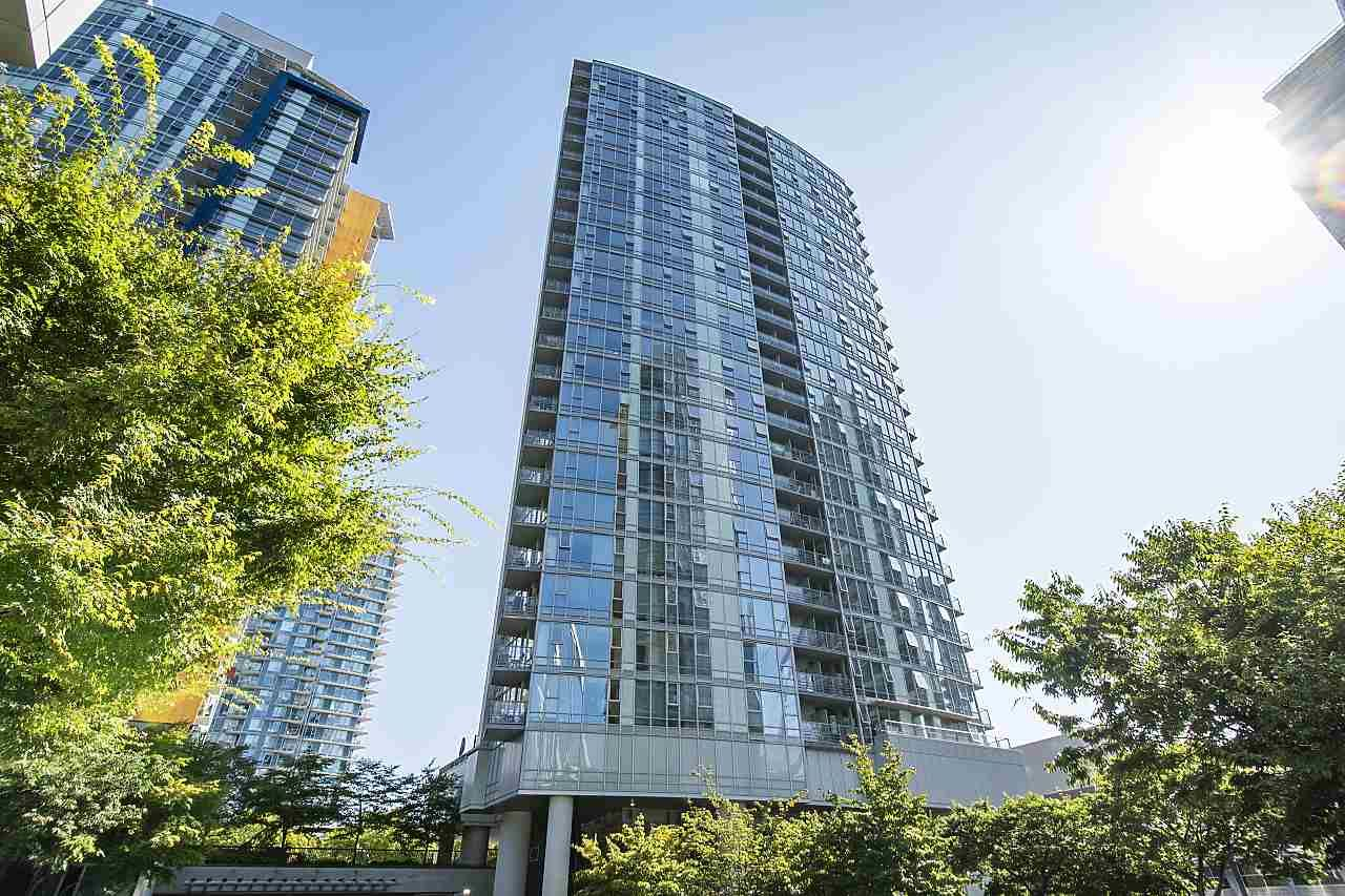 Main Photo: 1706 131 REGIMENT SQUARE in : Downtown VW Condo for sale : MLS®# R2399860