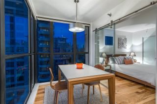 """Photo 7: 1606 1003 PACIFIC Street in Vancouver: West End VW Condo for sale in """"Seastar"""" (Vancouver West)  : MLS®# R2269056"""