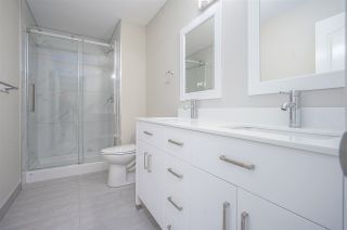 """Photo 13: 421 2626 COUNTESS Street in Abbotsford: Abbotsford West Condo for sale in """"The Wedgewood"""" : MLS®# R2363114"""