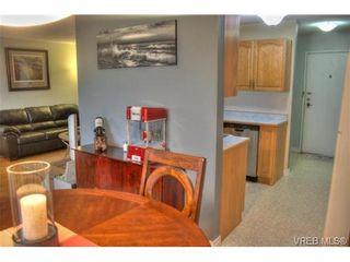 Photo 2: 304 853 Selkirk Ave in VICTORIA: Es Kinsmen Park Condo for sale (Esquimalt)  : MLS®# 716758