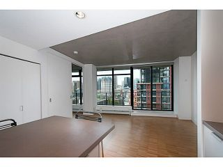 """Photo 2: 1906 108 W CORDOVA Street in Vancouver: Downtown VW Condo for sale in """"Woodwards W32"""" (Vancouver West)  : MLS®# V1121064"""