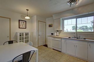 Photo 11: 928 ARCHWOOD Road SE in Calgary: Acadia Detached for sale : MLS®# C4258143