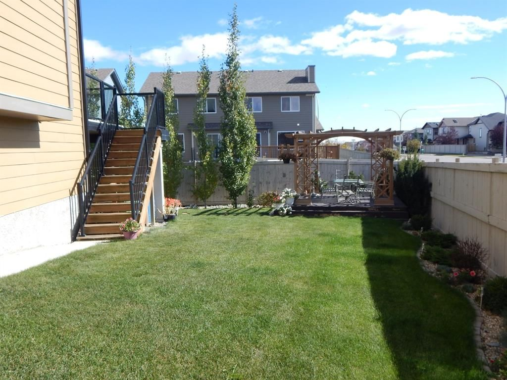 Photo 5: Photos: 215 Panatella View in Calgary: Panorama Hills Detached for sale : MLS®# A1046159