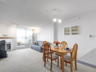 """Photo 6: 301 1978 VINE Street in Vancouver: Kitsilano Condo for sale in """"CAPERS BUILDING"""" (Vancouver West)  : MLS®# R2224832"""