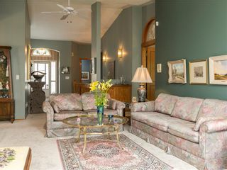 Photo 12: 33 PUMP HILL Landing SW in Calgary: Pump Hill House for sale : MLS®# C4133029
