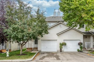 Main Photo: 194 Mt Aberdeen Manor SE in Calgary: McKenzie Lake Row/Townhouse for sale : MLS®# A1147451