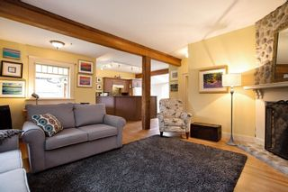 Photo 4: 1201 DORAN Road in North Vancouver: Lynn Valley House for sale : MLS®# R2309132