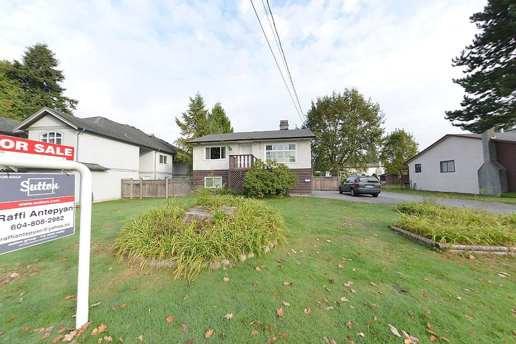 Main Photo: 3003 DEWDNEY TRUNK ROAD: House for sale : MLS®# V1089091