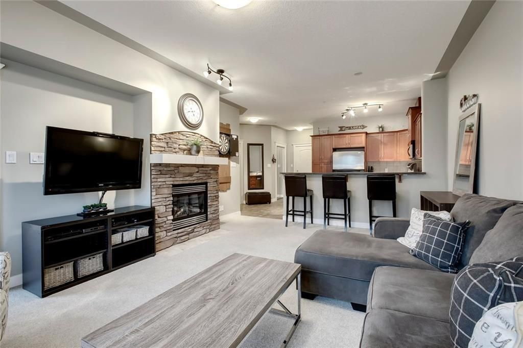 Main Photo: 340 10 DISCOVERY RIDGE Close SW in Calgary: Discovery Ridge Apartment for sale : MLS®# C4295828