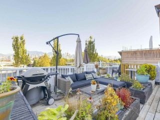 """Photo 3: 404 1562 W 5TH Avenue in Vancouver: False Creek Condo for sale in """"GRYPHON COURT"""" (Vancouver West)  : MLS®# R2211506"""