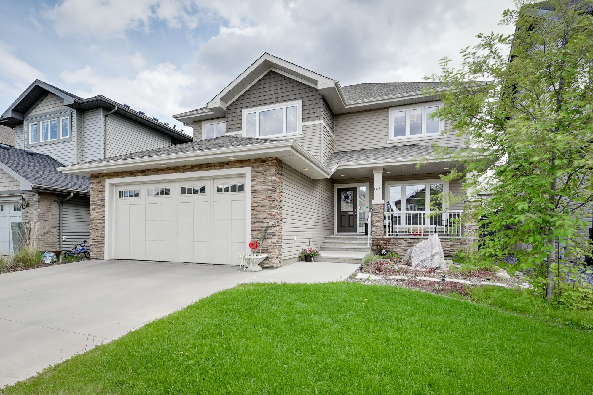 Main Photo: 5335 Mullen Bend in Edmonton: House for sale