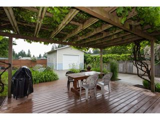 Photo 2: 20080 45 Avenue in Langley: Langley City House for sale : MLS®# R2178555