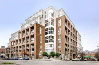 """Photo 1: 299 ALEXANDER Street in Vancouver: Hastings Condo for sale in """"THE EDGE"""" (Vancouver East)  : MLS®# R2126251"""