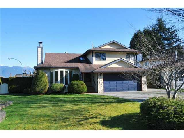 "Main Photo: 12450 MEADOW BROOK Place in Maple Ridge: Northwest Maple Ridge House for sale in ""MEADOW BROOK PLACE"" : MLS®# V1055365"