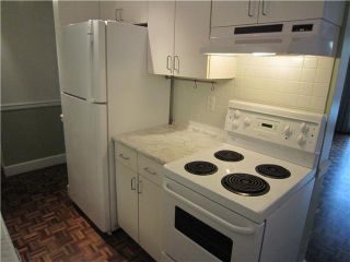 """Photo 6: 107 211 W 3RD Street in North Vancouver: Lower Lonsdale Condo for sale in """"Villa Aurora"""" : MLS®# V890407"""