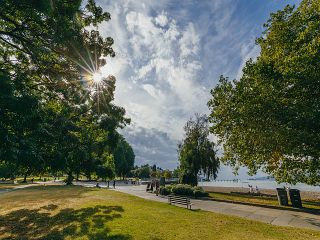 "Photo 19: 208 2110 CORNWALL Avenue in Vancouver: Kitsilano Condo for sale in ""Seagate Villa"" (Vancouver West)  : MLS®# R2515614"