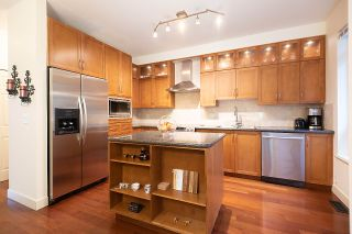 Photo 15: 43 15 FOREST PARK WAY in Port Moody: Heritage Woods PM Townhouse for sale : MLS®# R2526076