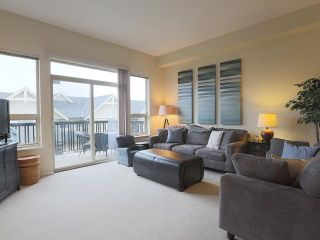 """Photo 4: 184 3105 DAYANEE SPRINGS Boulevard in Coquitlam: Westwood Plateau Townhouse for sale in """"DAYANEE SPRIGS"""" : MLS®# V1057307"""