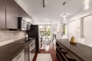 """Photo 4: 407 538 SMITHE Street in Vancouver: Downtown VW Condo for sale in """"The Mode"""" (Vancouver West)  : MLS®# R2610954"""