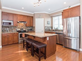 """Photo 4: 19 7168 179 Street in Surrey: Cloverdale BC Townhouse for sale in """"OVATION"""" (Cloverdale)  : MLS®# R2311901"""