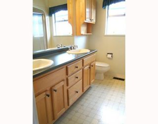 """Photo 7: 7288 VIVIAN Drive in Vancouver: Fraserview VE House for sale in """"FRASERVIEW"""" (Vancouver East)  : MLS®# V785867"""