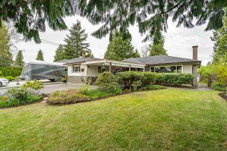 Photo 1: 946 CAITHNESS Crescent in Port Moody: Glenayre House for sale : MLS®# R2574147