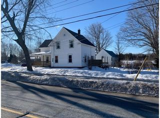 Photo 2: 1206 Maple Street in Waterville: 404-Kings County Residential for sale (Annapolis Valley)  : MLS®# 202103387
