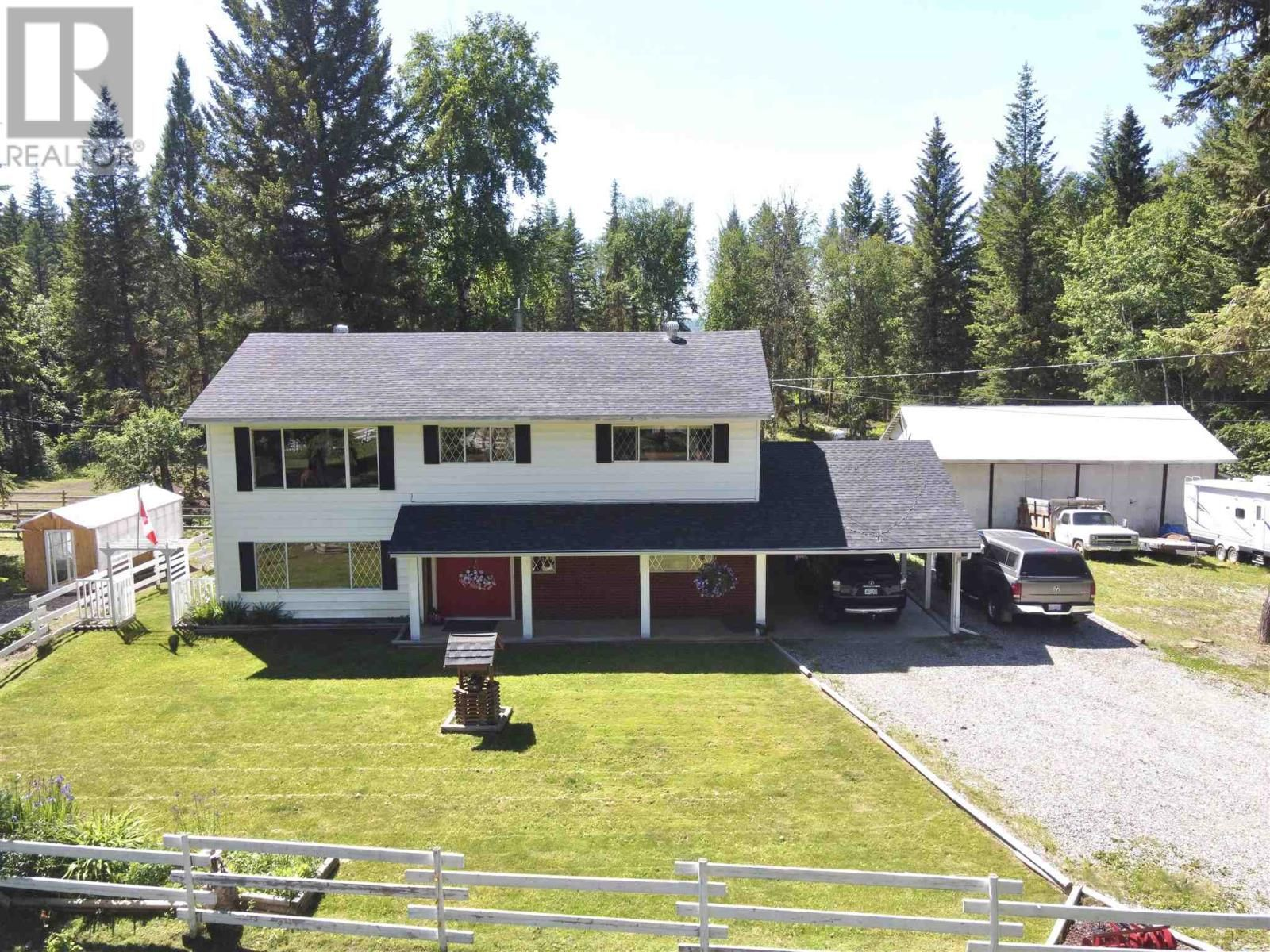 Main Photo: 3302 RED BLUFF ROAD in Quesnel: House for sale : MLS®# R2595855