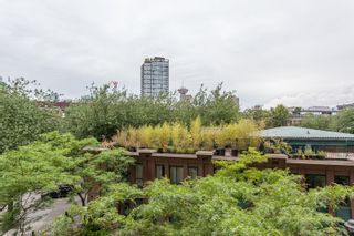 """Photo 14: 303 22 E CORDOVA Street in Vancouver: Downtown VE Condo for sale in """"Van Horne"""" (Vancouver East)  : MLS®# R2191464"""