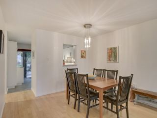 """Photo 8: 1046 IRONWORK Passage in Vancouver: False Creek Townhouse for sale in """"SPRUCE VILLAGE"""" (Vancouver West)  : MLS®# R2253346"""