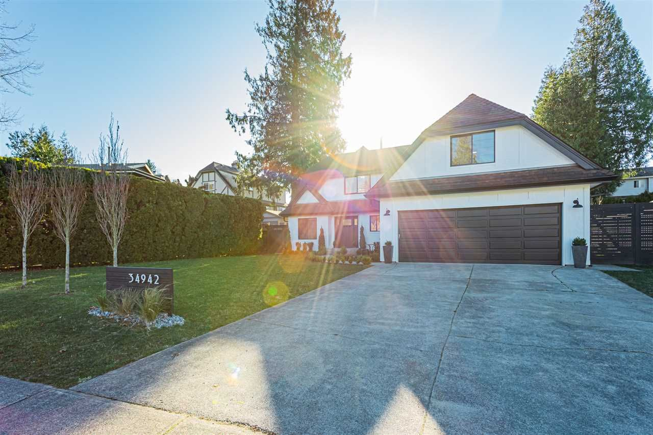 """Main Photo: 34942 EVERETT Drive in Abbotsford: Abbotsford East House for sale in """"Everett Estates"""" : MLS®# R2531640"""